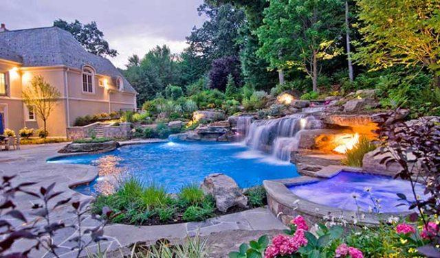 Dekoratif Şelale Ev Bahçe