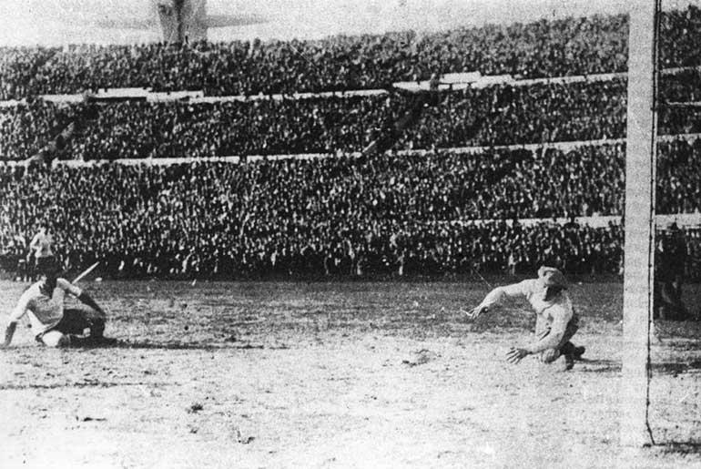 Dünya Kupası 1930 Uruguay Arjantin