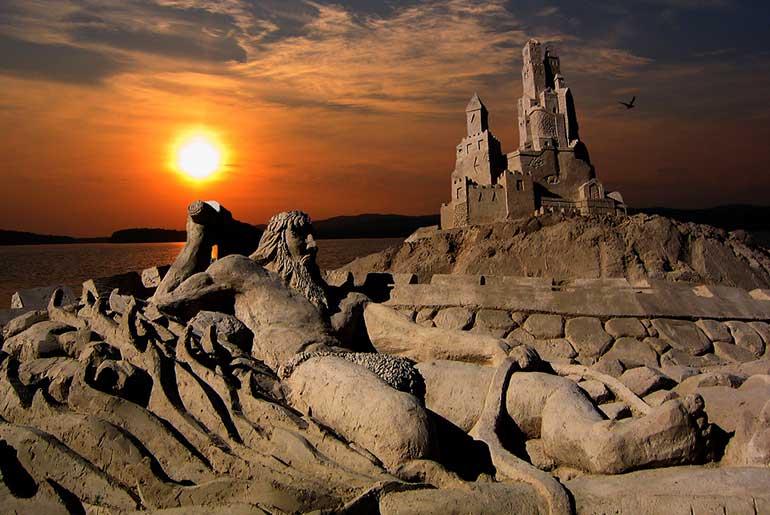 Kumdan Heykellerin Yapıldığı Sandcastle Finlandiya